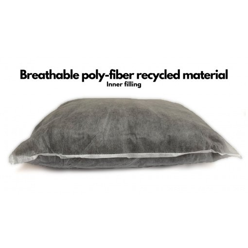 Inner filling is made of breathable poly-fibers from recycled material