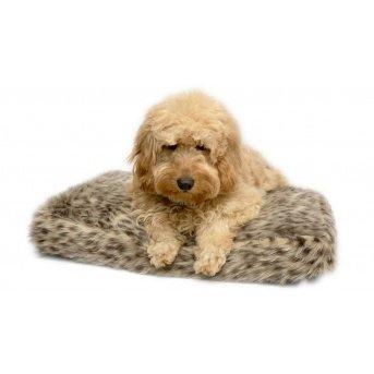Millie Mats faux fur leopard pet bed